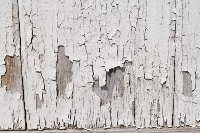 剥がれた外壁塗装